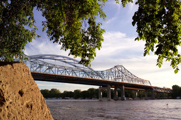 La Crosse Bridge by Riverside Park